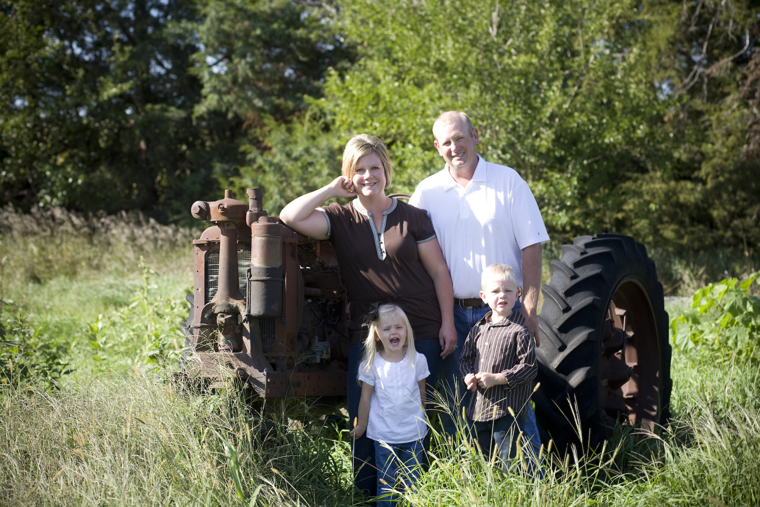 Ryan Weeks & family Nebraska farm